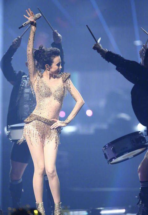Performance, Entertainment, Performing arts, Dancer, Stage, Performance art, Concert, Leg, Event, Public event,