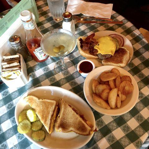 Dish, Food, Cuisine, Meal, Breakfast, Ingredient, Brunch, Junk food, Full breakfast, Fast food,