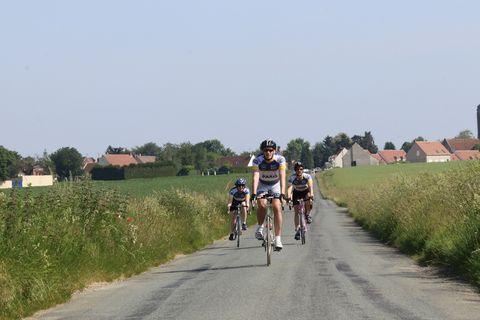 Met Team Bicycling op de fiets naar Parijs