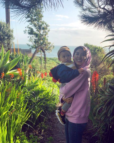 People, Vegetation, Botany, Grass, Tree, Grass family, Sky, Child, Plant, Smile,