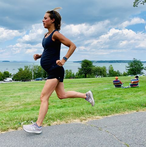 Sports, Running, Jogging, Outdoor recreation, Exercise, Recreation, Individual sports, Athlete, Knee, Physical fitness,