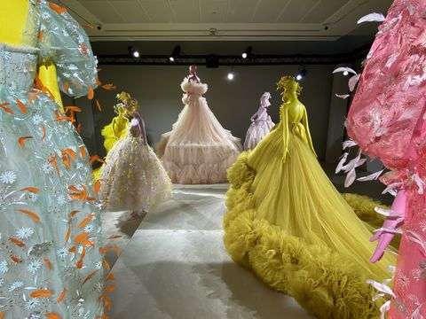 Dress, Yellow, Fashion, Gown, Room, Textile, Haute couture, Ceiling, Bridal party dress, Wedding dress,