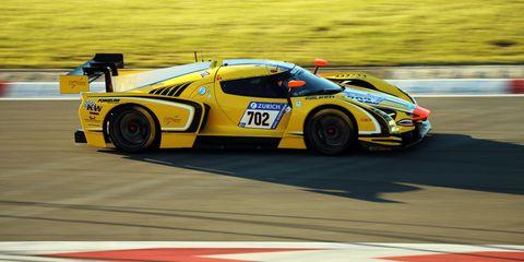 Tire, Wheel, Automotive design, Vehicle, Race track, Sports car racing, Motorsport, Car, Touring car racing, Racing,