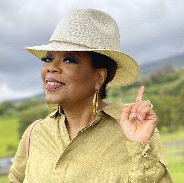 oprah in summer straw hat
