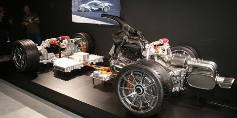 Motor vehicle, Vehicle, Automotive design, Tire, Automotive tire, Car, Rim, Auto part, Wheel, Auto show,