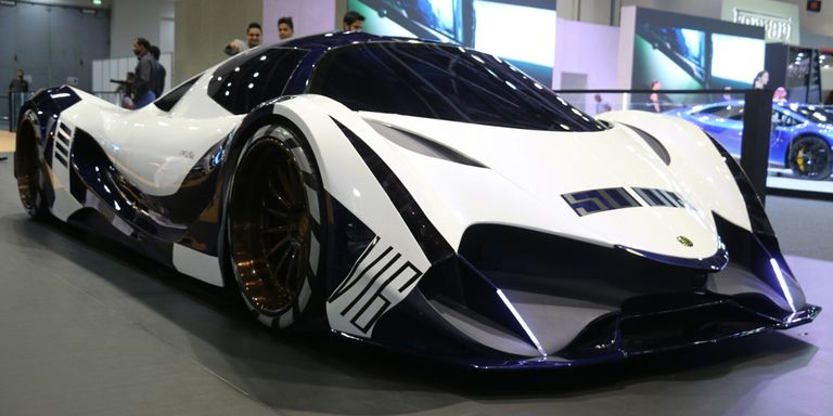 Here's How Dubai's Devel Sixteen Could Do 320 MPH