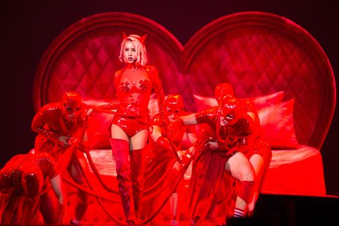 Red, Fashion, Performance, Stage, Cg artwork, Event, Performance art, Latex, Graphics, Neo-burlesque,