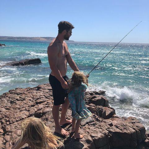 Rock fishing, Fishing, Sea, Vacation, Casting (fishing), Recreation, Fun, Fishing rod, Beach, Ocean,