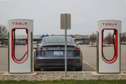 How Well Does a Tesla Model 3 Work For a Long Trip?