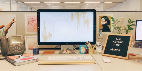 10 Best Cubicle Decor Ideas in 2018 - How To Decorate Your Cubicle