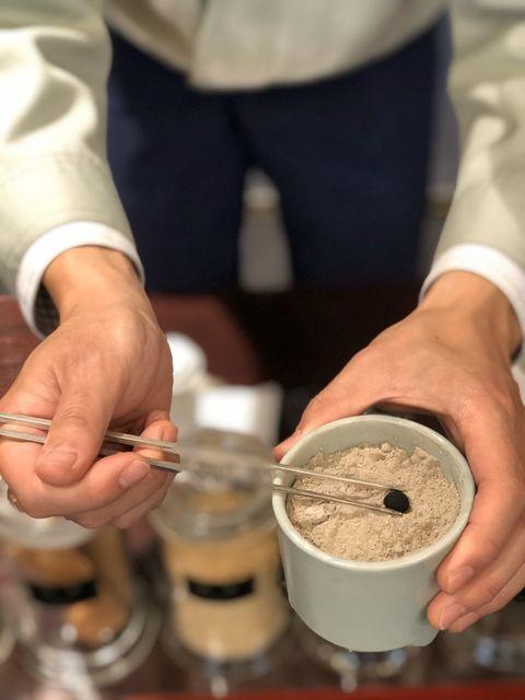山田松香木店製香