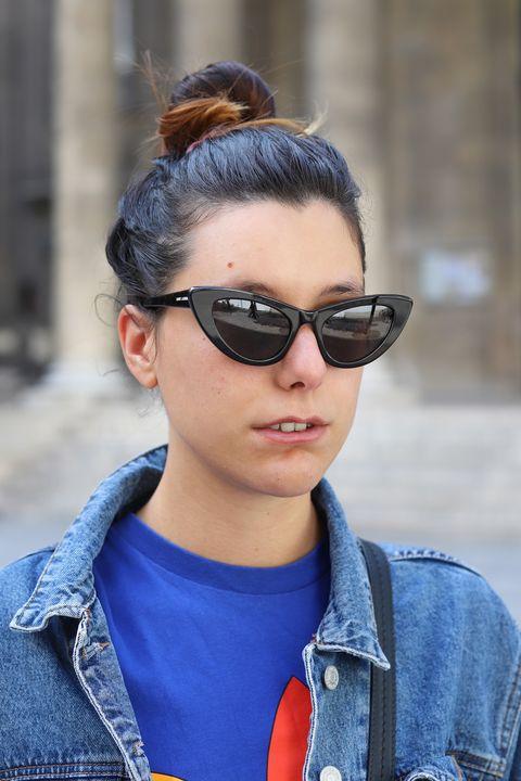 Eyewear, Sunglasses, Hair, Street fashion, Cool, Glasses, Hairstyle, Jeans, Denim, Beauty,