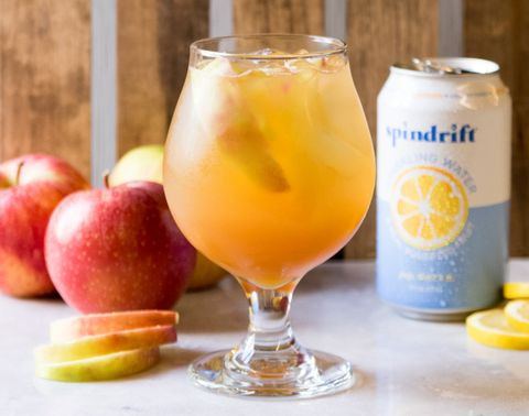 Drink, Juice, Food, Fuzzy navel, Non-alcoholic beverage, Bellini, Ingredient, Alcoholic beverage, Punch, Distilled beverage,