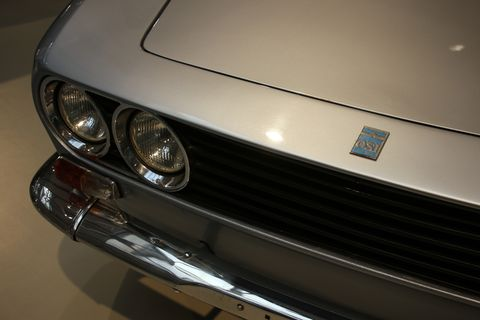 Land vehicle, Car, Vehicle, Lamborghini espada, Coupé, Headlamp, Hood, Automotive exterior, Classic car, Supercar,