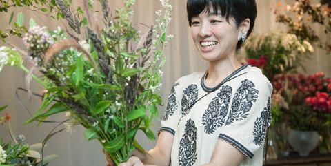Flower, Plant, Houseplant, Floristry, Floral design, Botany, Flower Arranging, Smile, Bouquet, Annual plant,