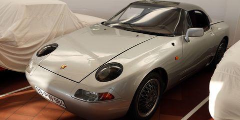 Land vehicle, Vehicle, Car, Coupé, Sports car, Sedan, Convertible, Porsche 968, Rim, City car,
