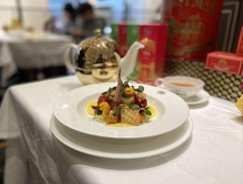 【2020聖誕聚餐餐廳推薦】海陸大餐、限量火雞禮籃,「聖誕套餐」菜色價錢盤點!