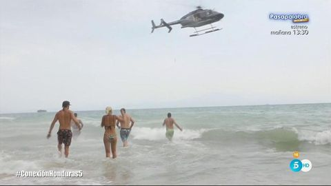 Helicopter, Rotorcraft, Aircraft, Vehicle, Vacation, Sea, Beach, Tourism, Coast,