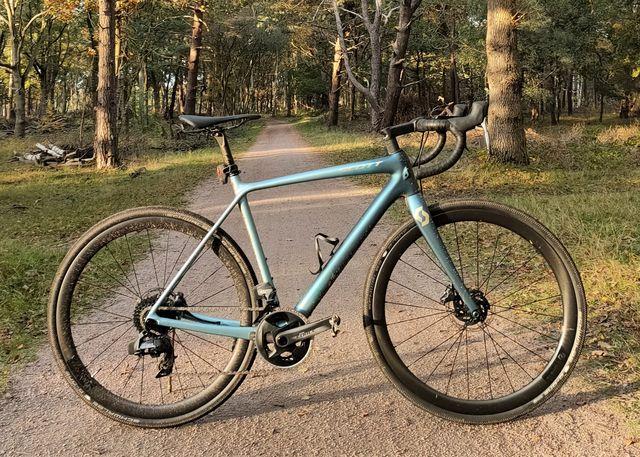 scott, addict gravel, 10, review, test, gravelbike, gravelfiets, bicycling