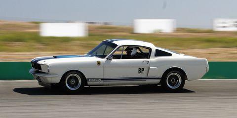 Land vehicle, Vehicle, Car, Coupé, Sports car, Classic car, Muscle car, Sedan, Hardtop, Motorsport,