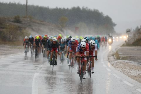 Man causes crash at finish line during Stage 2 of the CRO Race