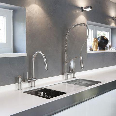 Sink, Countertop, Tap, Room, Bathroom sink, Property, Tile, Interior design, Plumbing fixture, Bathroom,