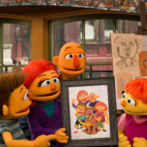 What Muppet With Autism Means To My >> Sesame Street Introduces Julia S Family And Companion Dog As Part Of