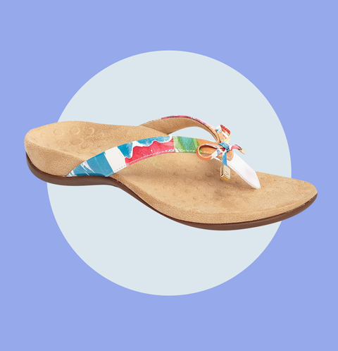 56e2f82c9b45 13 Flip Flops That ll Actually Give You the Arch Support You Need