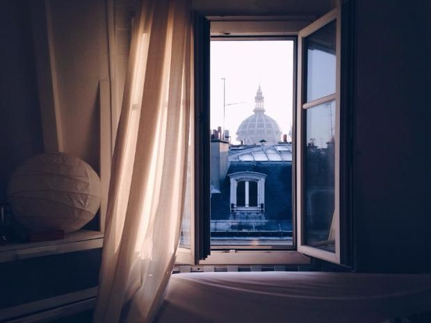 Camera Da Letto Stile Parigi : Arredamento rifai il look alla camera da letto tgcom