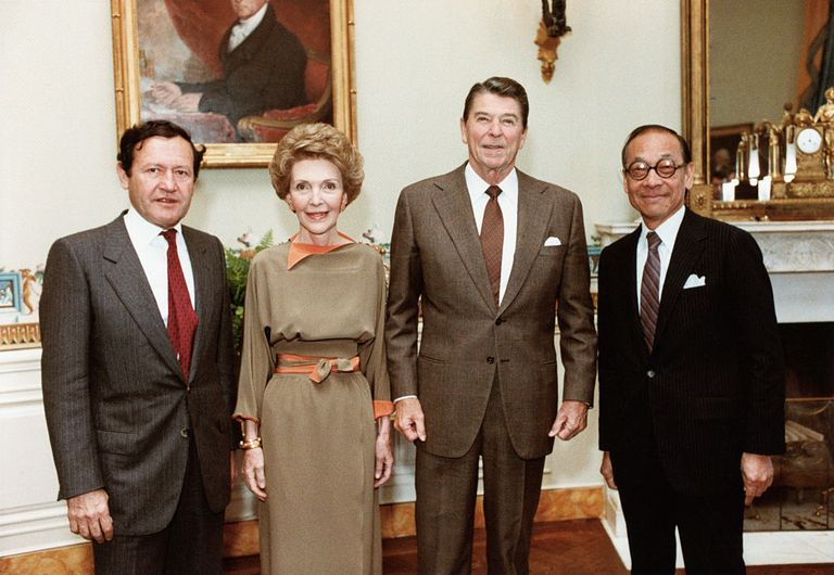 From left, Jay Pritzker, Nancy Reagan, President Reagan, and I.M. Pei in 1983.
