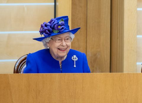 How the Queen chooses what to wear each morning is fascinating
