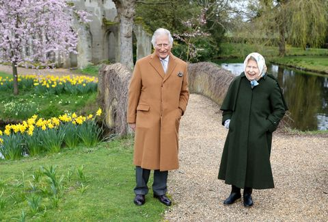Official photos of the Queen and Prince of Wales