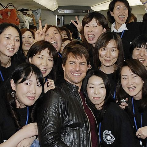tom cruise promotes mission impossible iii in tokyo