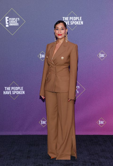 2020 e people's choice awards   red carpet