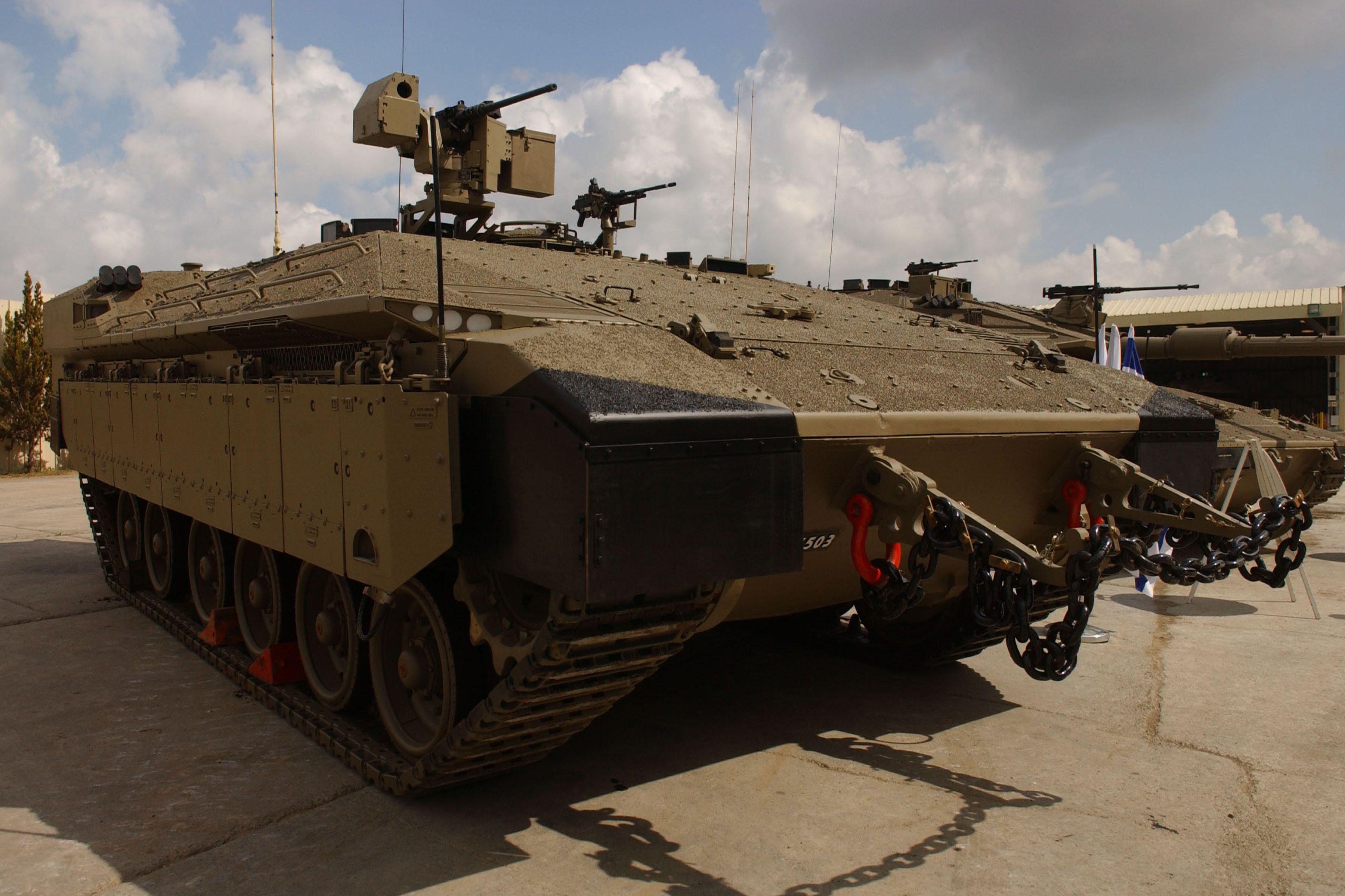 Ejército israelí presenta nueva generación de APC