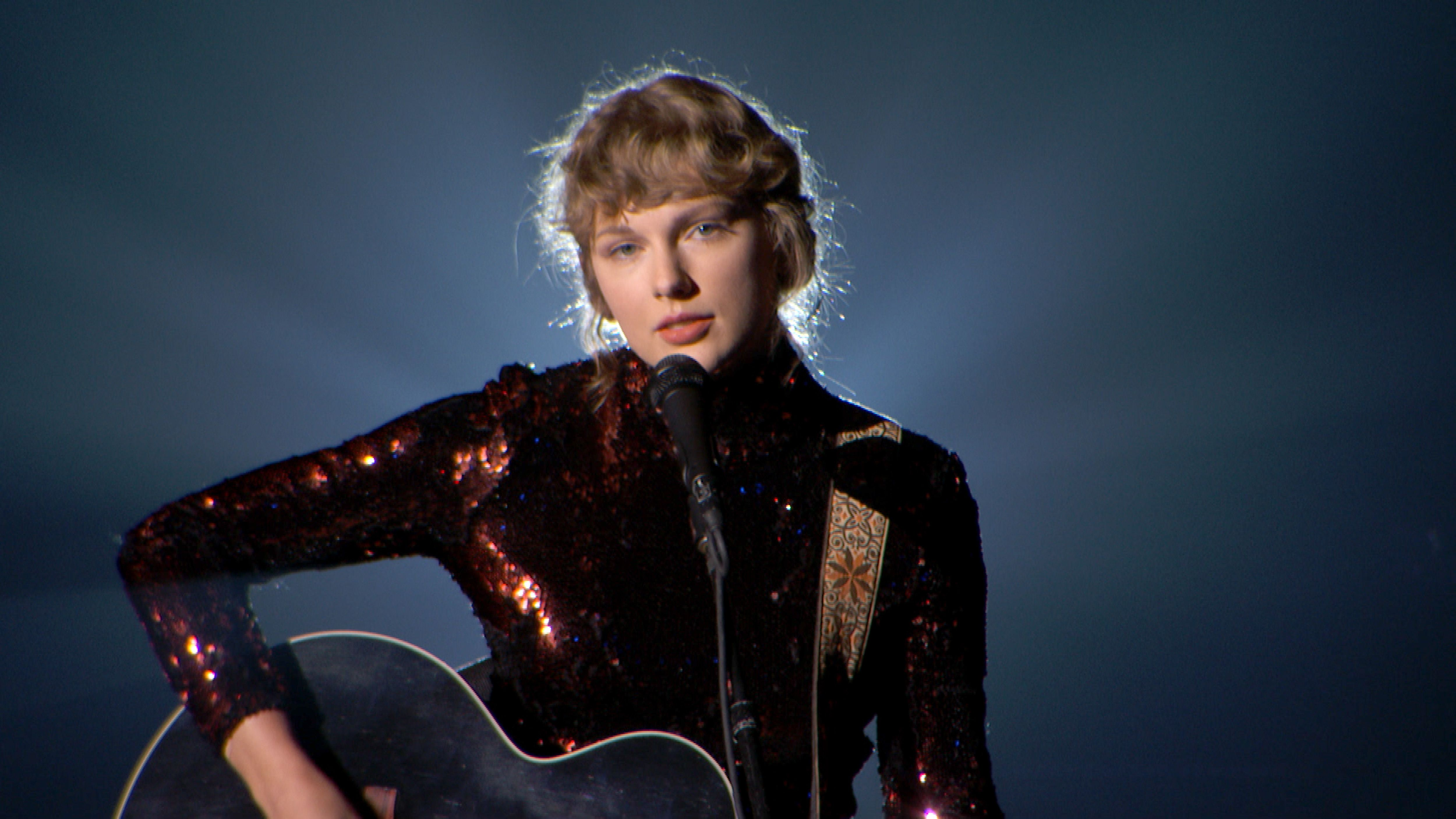 Taylor Swift Posted A Re Record Of Love Story For Ryan Reynolds Match Com Ad