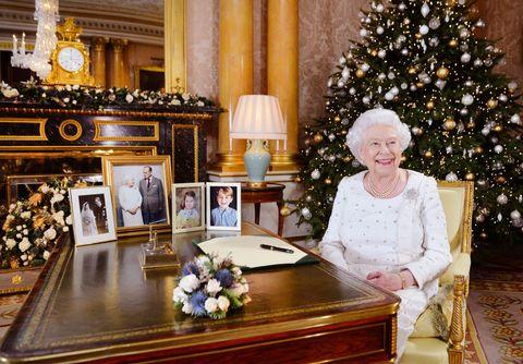 queen elizabeth ii records christmas broadcast