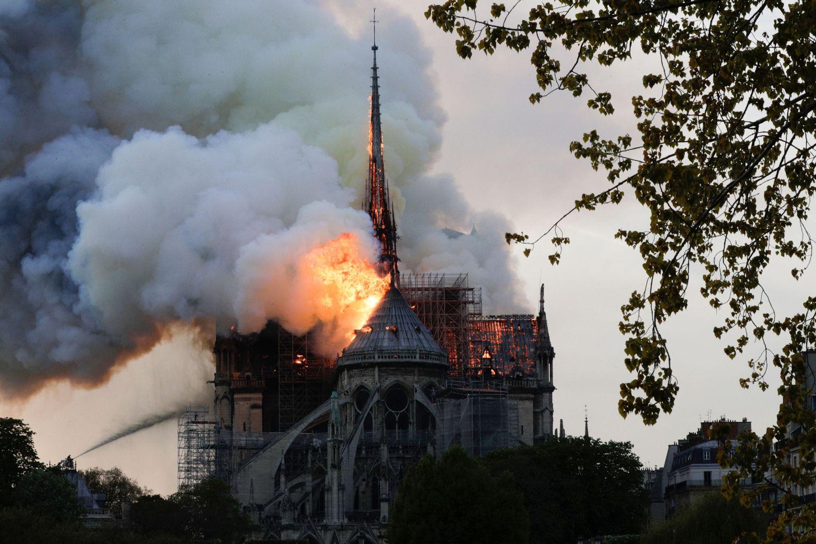 Incendio catedral Notre Dame París