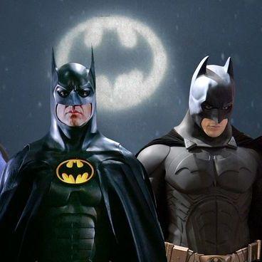 Batman, Superhero, Fictional character, Action figure, Hero, Justice league, Supervillain, Robin, Suit actor, Scene,