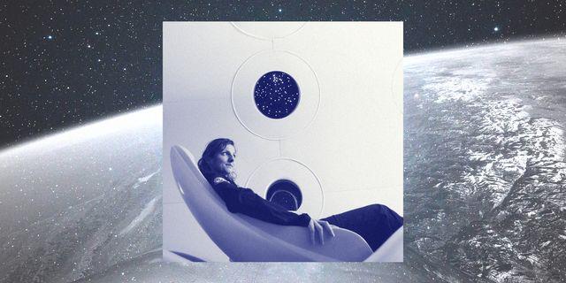 passenger in virgin galactic rocket seat