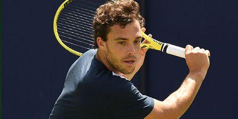 Tennis, Tennis racket, Tennis player, Racket, Tennis racket accessory, Strings, Tennis Equipment, Racquet sport, Racketlon, Arm,