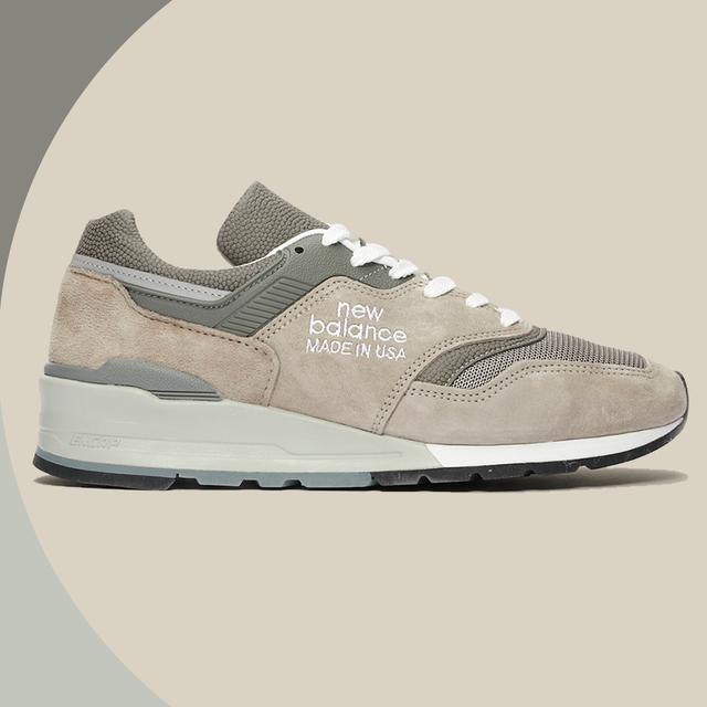 Shoe, Footwear, White, Sneakers, Product, Beige, Outdoor shoe, Walking shoe, Brown, Grey,