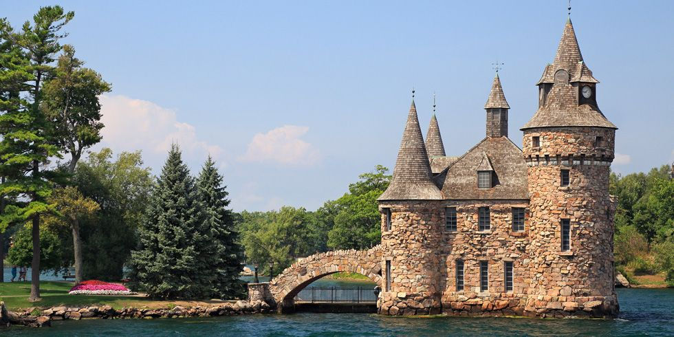 30 of the Best Castles You Can Visit in the United States
