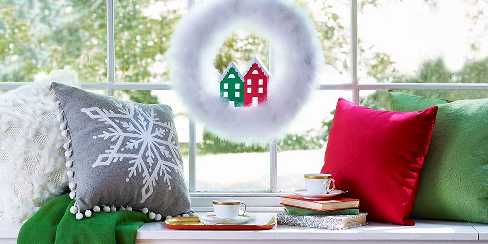 60+ Adorable Christmas Crafts to Make on a Snowy Day