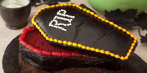 35 Easy Halloween Cakes