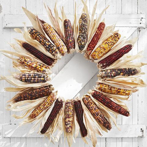 diy wreaths for halloween corn husk