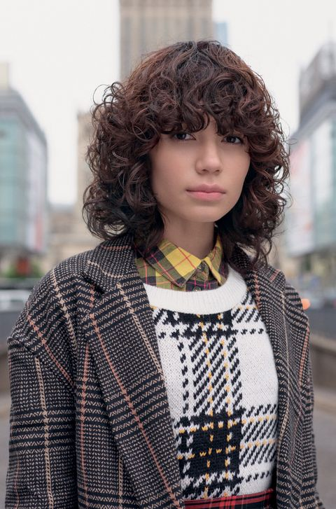 Hair, Face, Clothing, Hairstyle, Street fashion, Beauty, Fashion, Tartan, Pattern, Yellow,