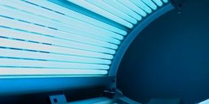 indoor-tanning-300x239.jpg