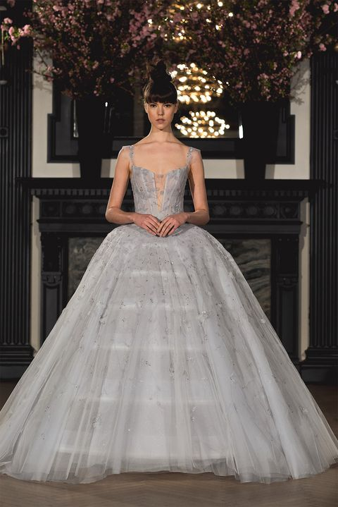 37f31b385e7 The Best Spring Bridal Trends of 2019 - Spring Bridal Fashion Week ...