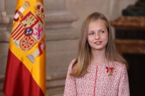 Las Infantas Sofía y Leonor en la imposición de las medallas al Mérito Civil